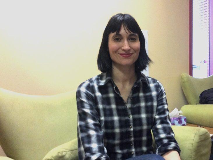 Isabel Molliet lors d'une visite à Canal M en 2016.