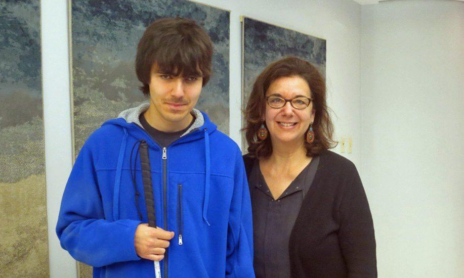 Damien Gamont et Hélène Denis dans le hall de Canal M.