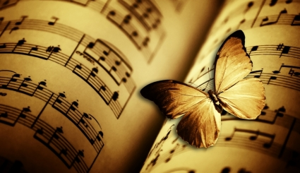 sur-les-ailes-papillon-sur-feuilles-de-musique_425x245_acf_cropped