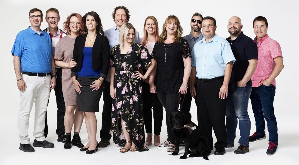 Une photo réunissant tous les participants de l'émission Les Complices.
