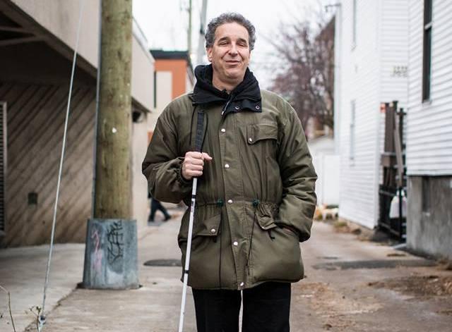 Photographie: Luc Fortin par «Portraits de Montréal», dans le cadre du projet «À la porte».