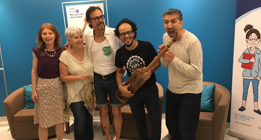 Arlette entourée de ses invités du 10 juillet 2019