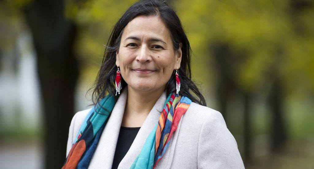 Photo de Michèle Audette, femme politique, militante et dirigeante amérindienne canadienne